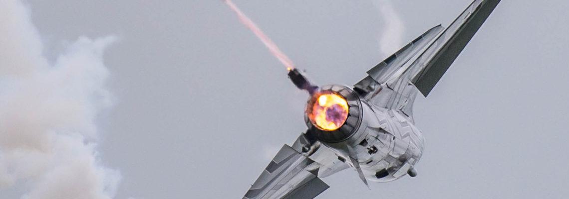Photo of the dya: Classic Belgian F-16 demo