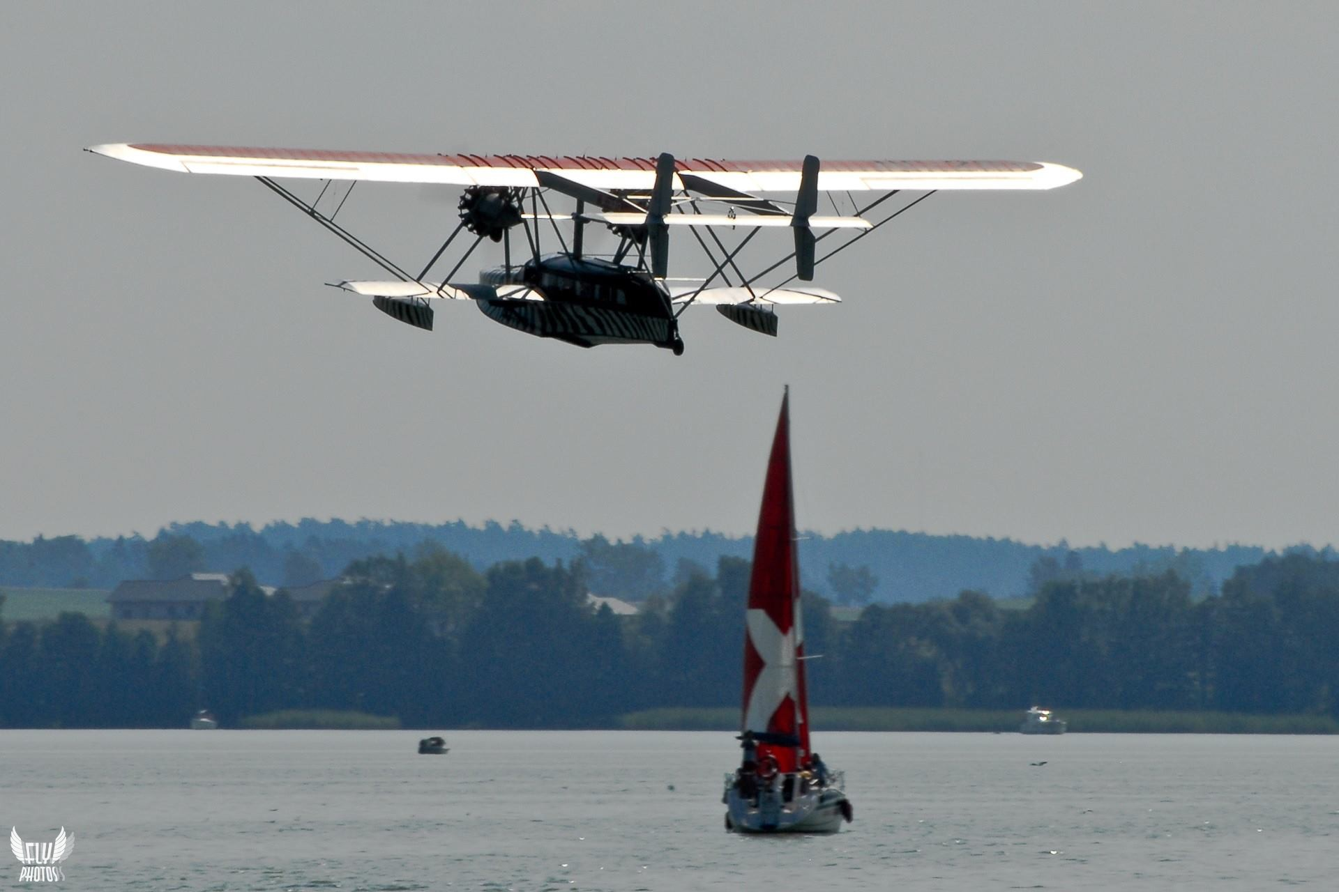 Photo of the day: A boat or a flying boat ?!