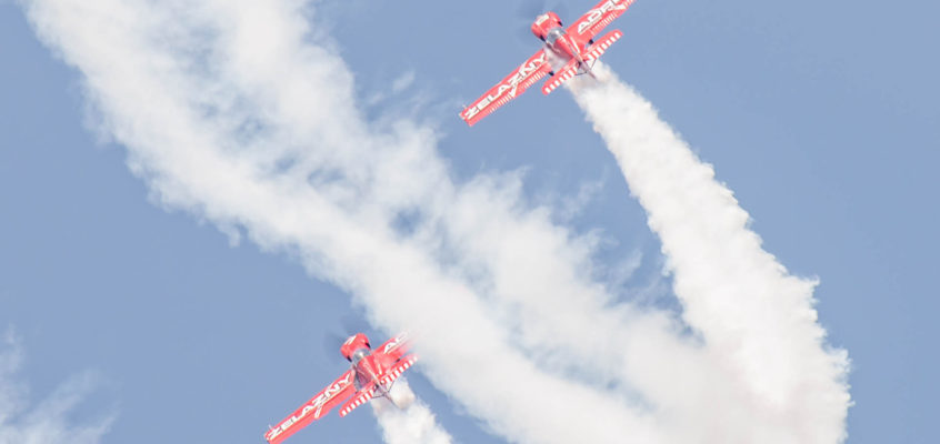 Photo of the day: Żelazny Aerobatic Team