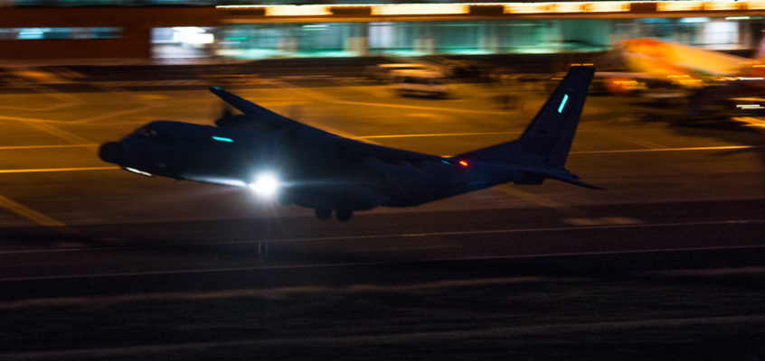 Photo of the Friday: Night emergency flight