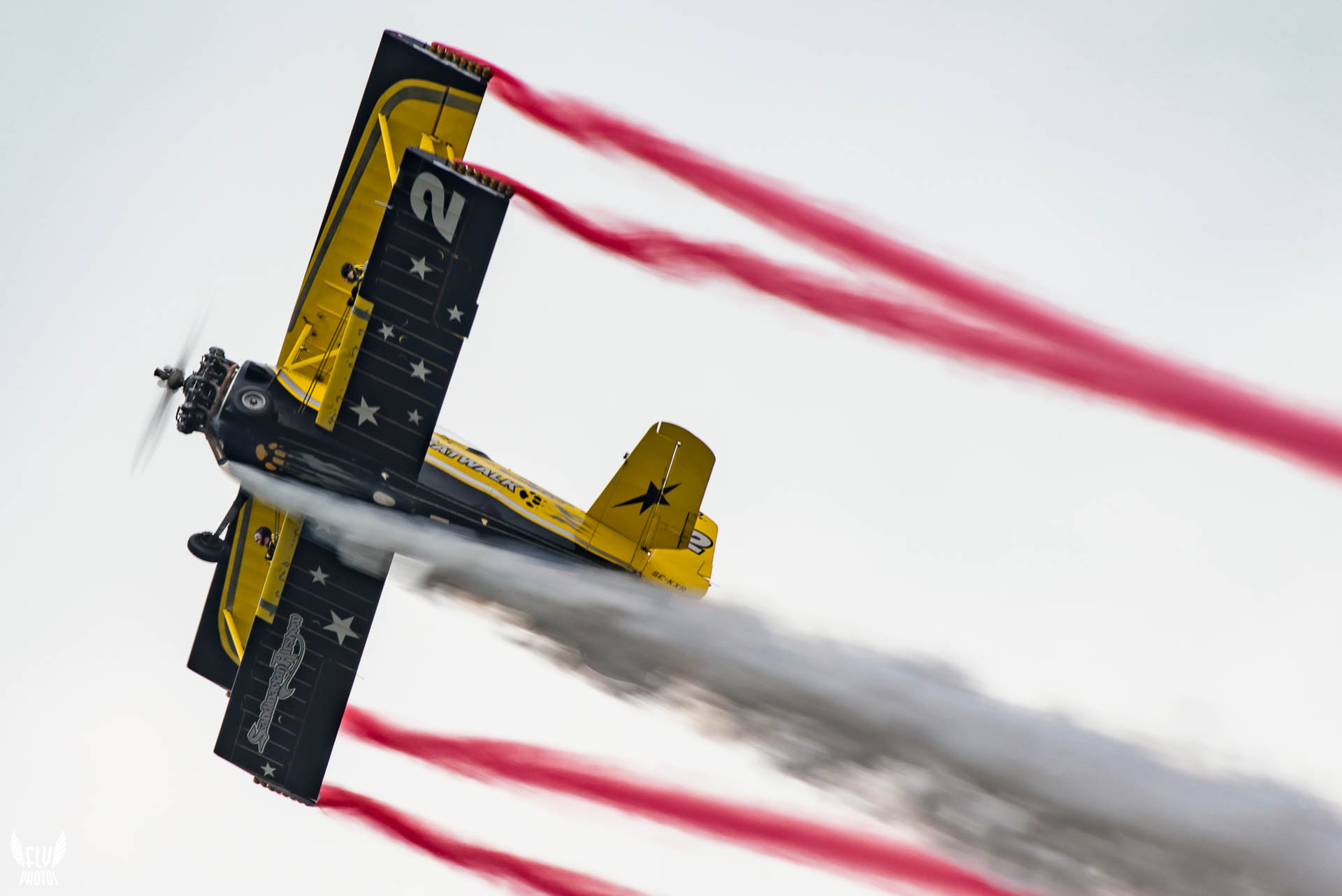 Photo of the day: Wingwalking perfection