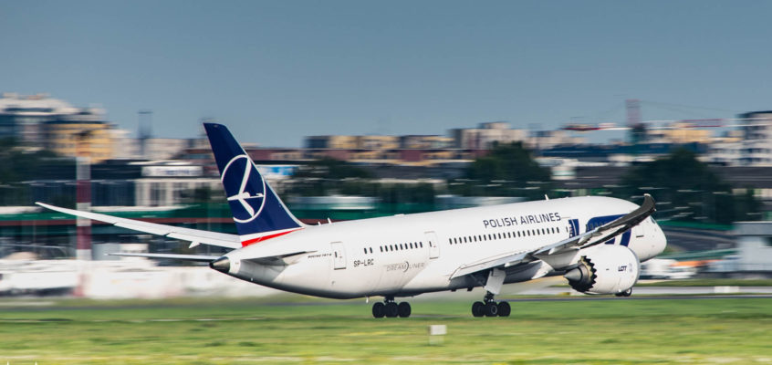 Photo of the day: Dream of summer, dream big, Dreamliner!