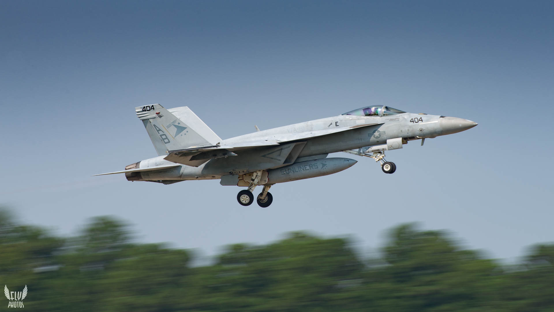 Photo of the day: Sunliners at NAS Oceana