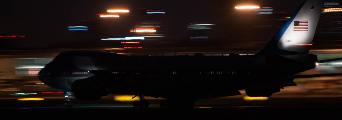 Photo of the day: POTUS late night arrival