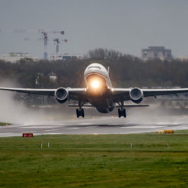 Photo of the day: 777's wet take off