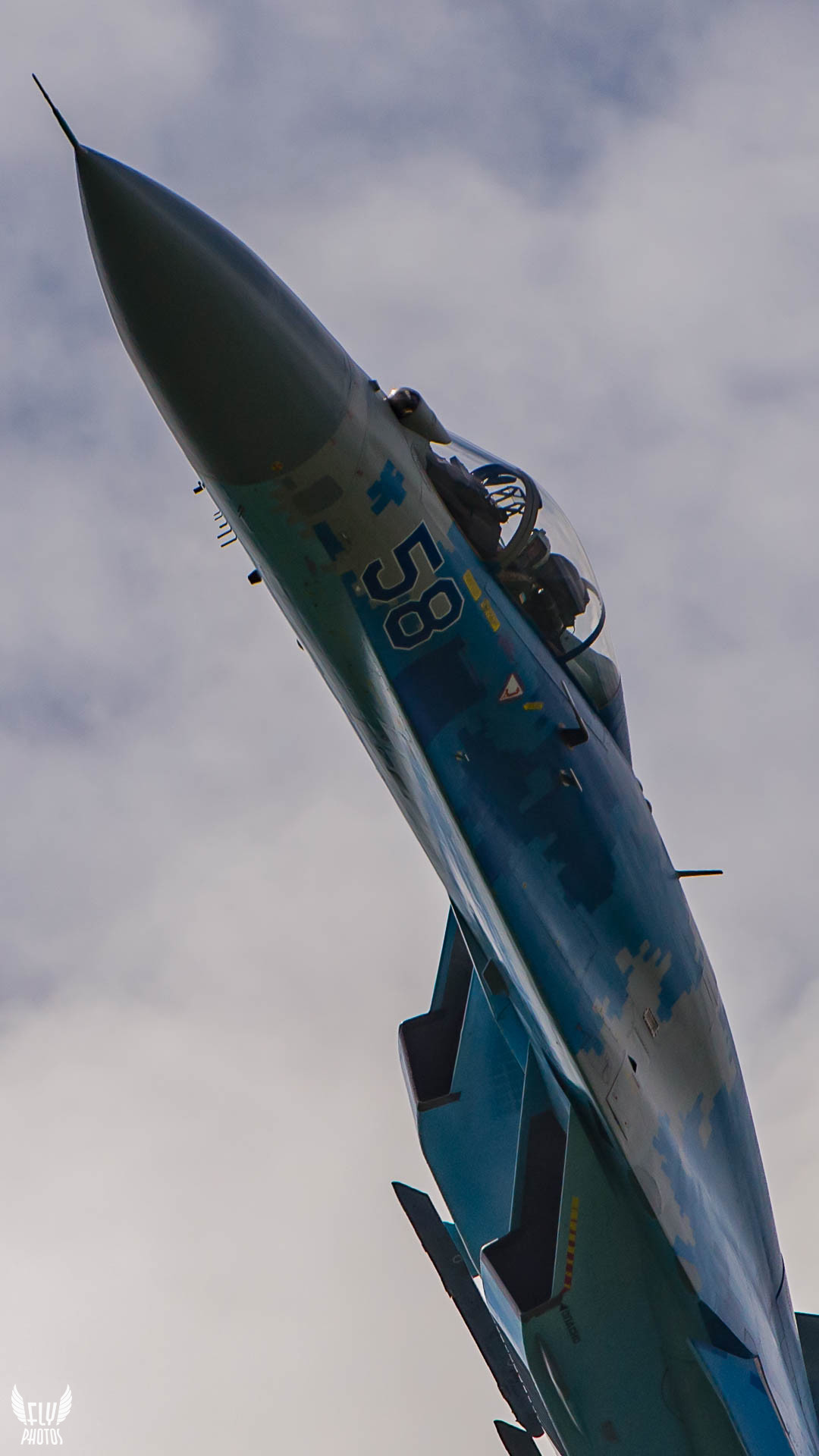 Photo of the day: A SU-27's closer look