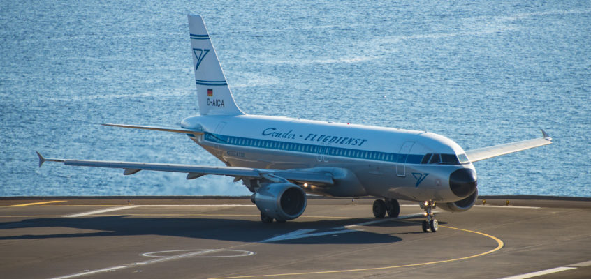Photo of the Day: Retro Condor in Madeira Airport